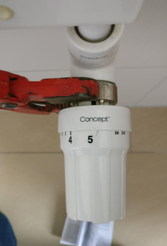 Smart-Home-openHAB-2-HomeMatic-Heizungssteuerung-Demontage-1